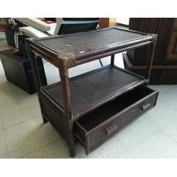 Petit meuble en rotin